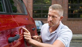 Sprawdzenie samochodu przed kupnem