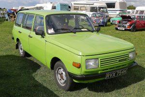 Samochody z lat 80 - Wartburg_353_Tourist_Estate_1972_-_Flickr_-_mick_-_Lumix