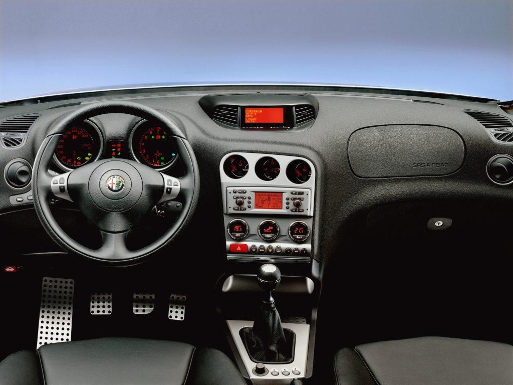 Alfa Romeo 156 Wnętrze po liftingu (2003-2005)