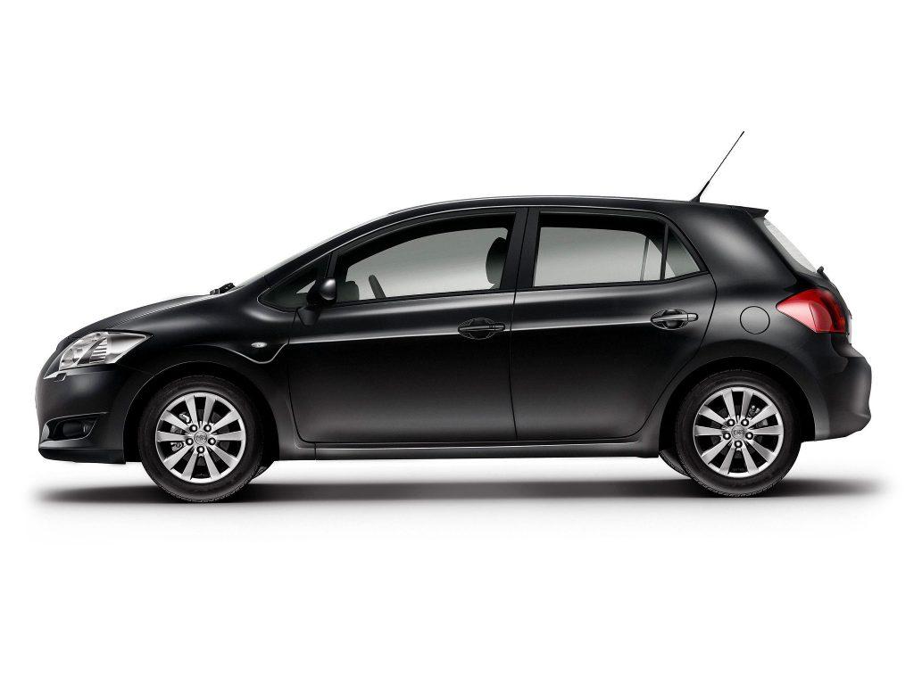 Toyota Аурис описание #10