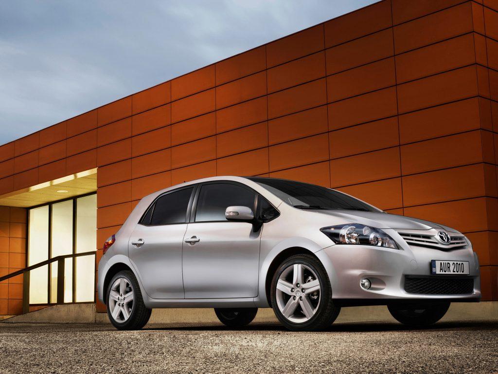 Toyota Auris I (2007-2012)