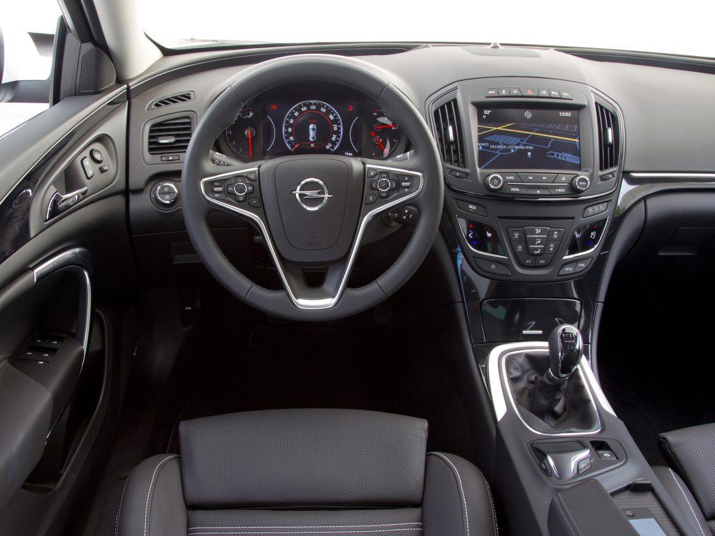 Opel Insignia Wnętrze po liftingu (2013-)