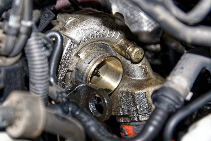 turbosprężarka w silniku Diesla (fot. WerbeFabrik@Pixabay CC0 Public Domain)