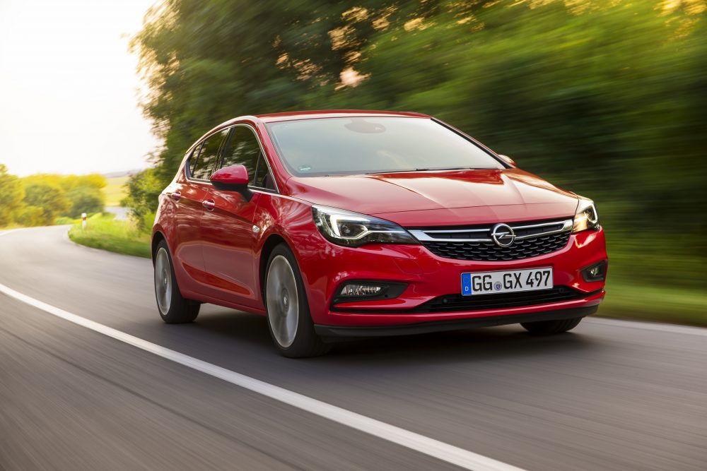 Opel-Astra-297477