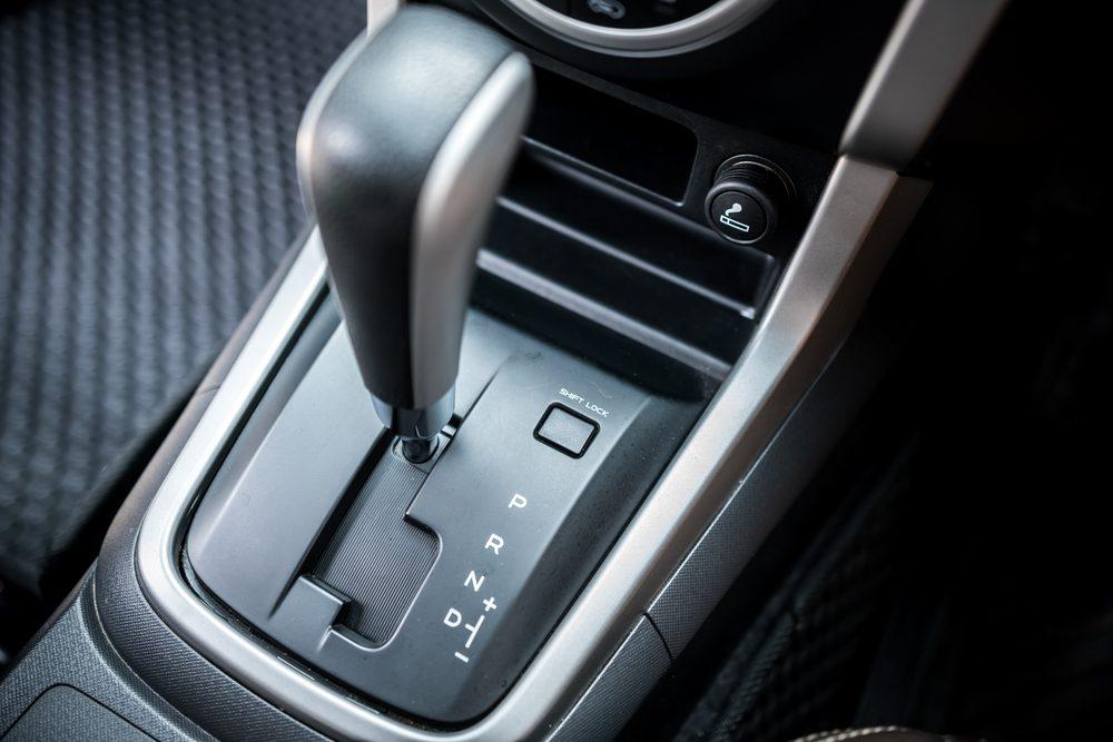 Jak jeździć autem z automatyczną skrzynią biegów ...