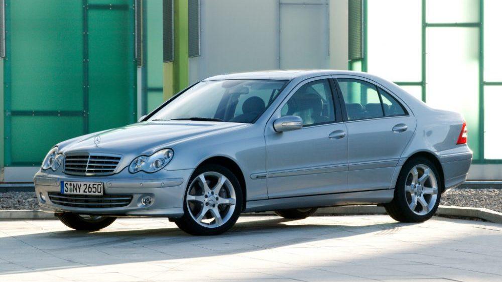 Używany Mercedes Klasy C W203 Czy Warto Go Kupić