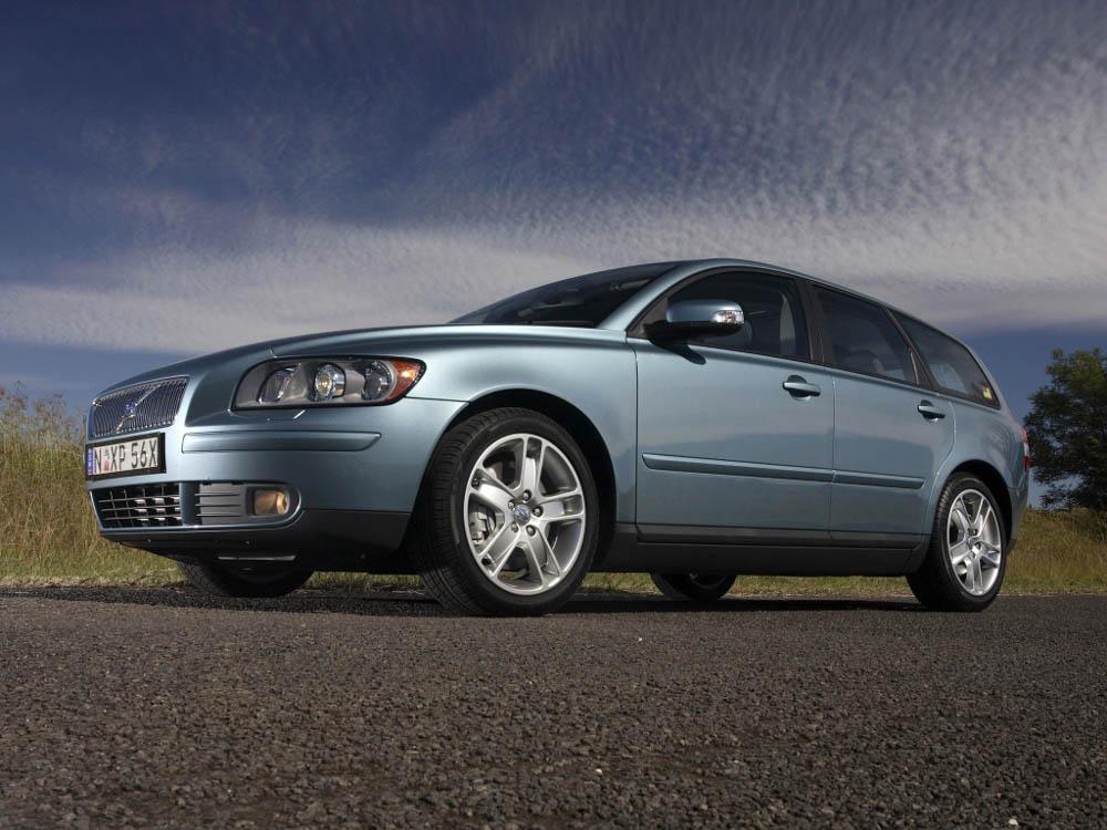 Volvo V50, Volvo, V50