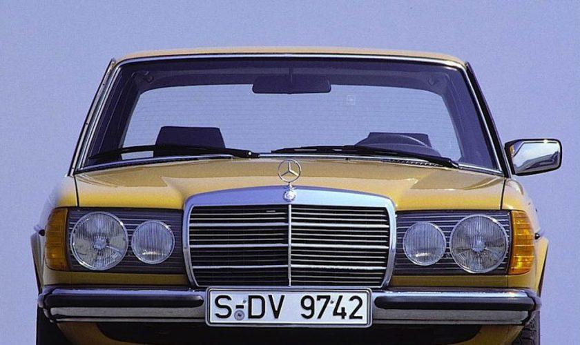 Mercedes-W123-Sedan-4