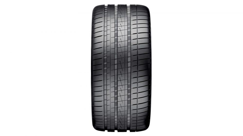 Ultrac Vorti rear tyre_D_NR-2093
